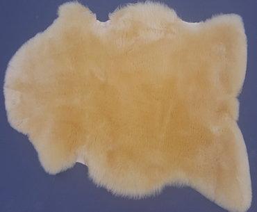 groot medicinaal schapenvacht van 95,00 euro NU VOOR 69,00 euro