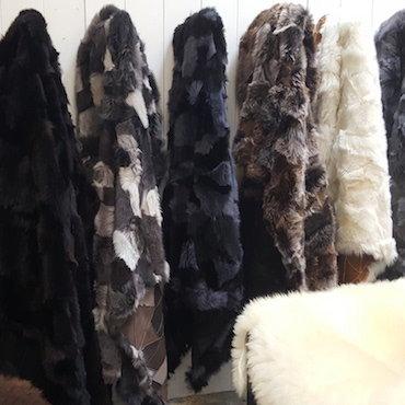 Patchwork Toscaanse lamsvacht kleden van 325,00 voor 265,00 euro