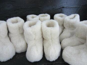 schapenwollen sloffen wit