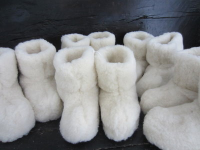 warme comfortabele texelse schapenwollen sloffen